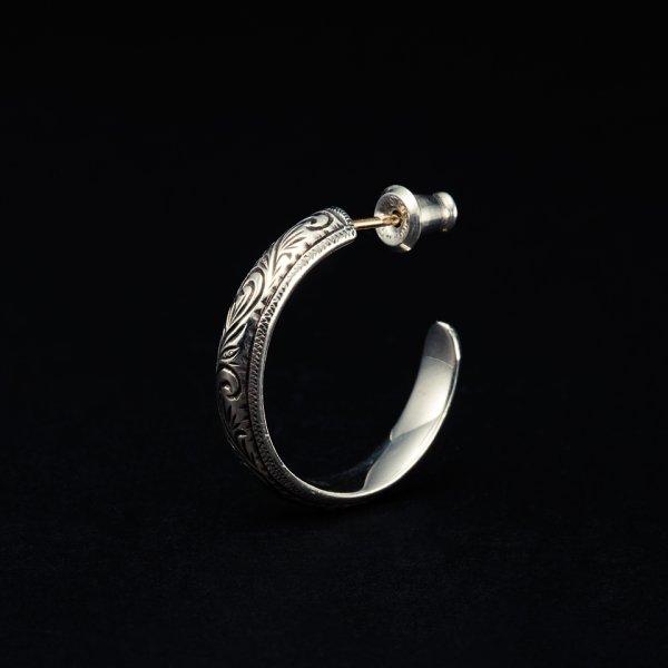 画像1: ANTIDOTE BUYERS CLUB/Engraved Hoop Earring(Single)(シルバー)[フープイヤリング]
